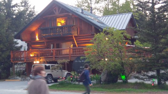 The Log House Inn: photo0.jpg