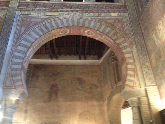 San Roman Church : detalle del arco