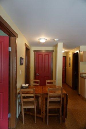 Fireweed Hostel: photo1.jpg