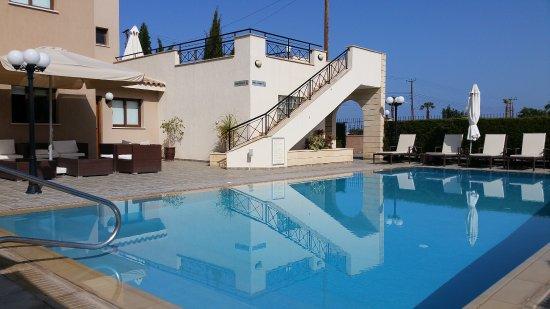 Avillion Holiday Apartments Photo