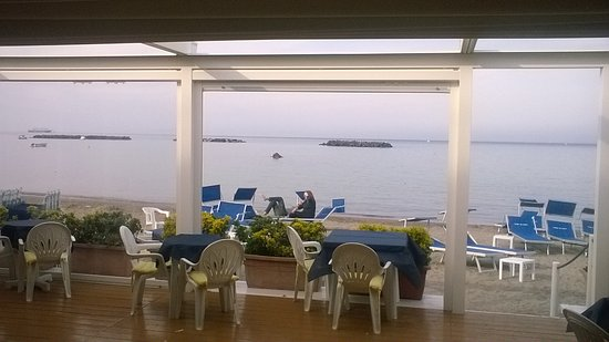 La terrazza sul mare picture of bagno tre stelle ischia - Bagno italia ischia ...