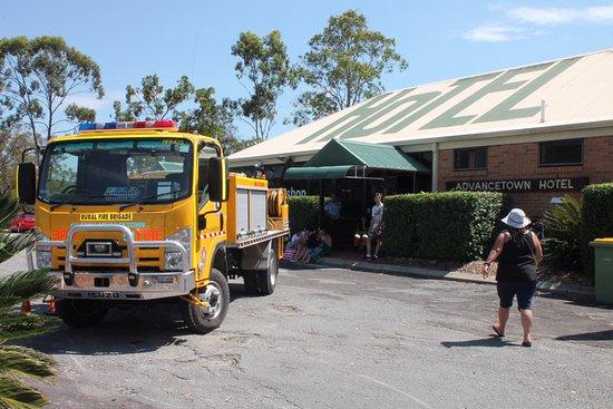 Advancetown, Australia: Support the local volunteers