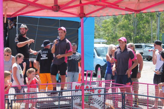 Advancetown, Australia: Australia Day Pig Races