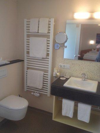 Neue Bäder in allen Zimmern - Bild von Bellevue Hotel ...