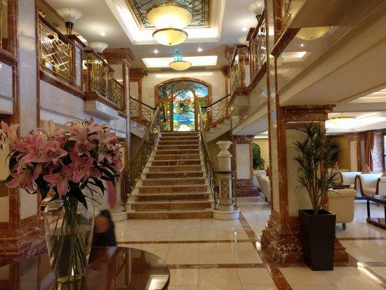Killarney Plaza Hotel and Spa: IMG_20170517_171026_large.jpg