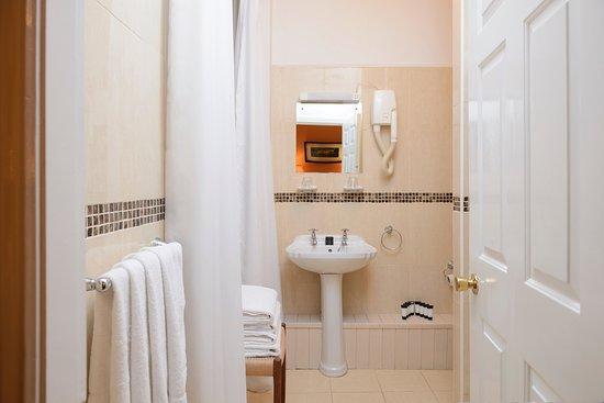 Ensuite Bathroom at Hibernian House