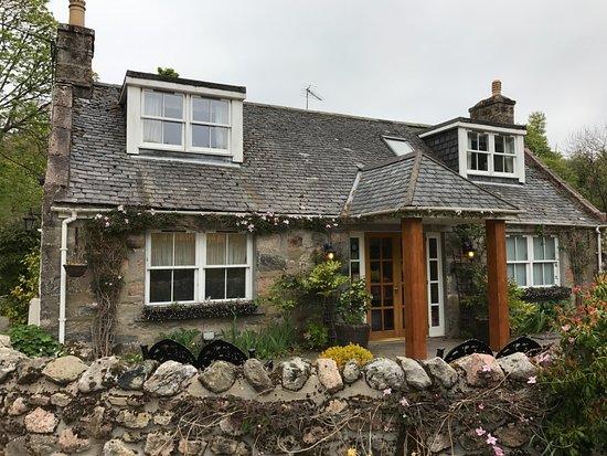 Banchory, UK: Cottage style elevations
