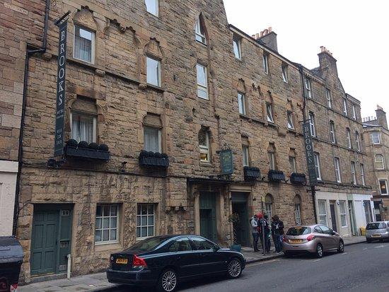 Brooks Hotel Edinburgh: Outside Brooks, pre ERC