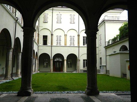 Palazzo Mellana (ex Palazzo Gambera)