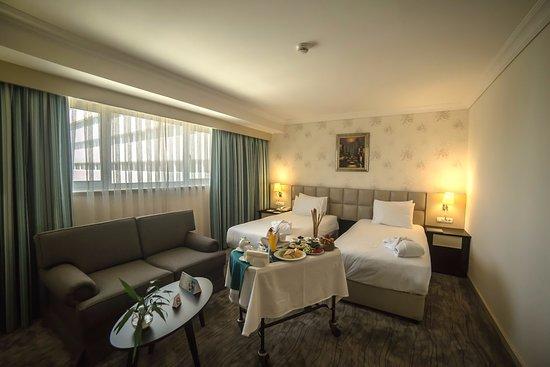 Wyndham Tashkent : Room Photo