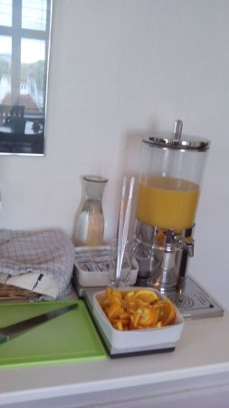 Hotel Windsor: Завтрак типа мини шведский стол