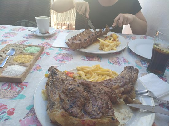 Ye, Espanha: Pork ribs and T bone steak