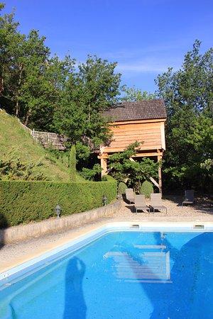 sur la terrasse de la cabane de Ninon - Picture of Cabane en ...