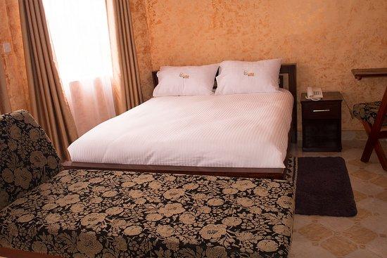 Hotel Luna ltd