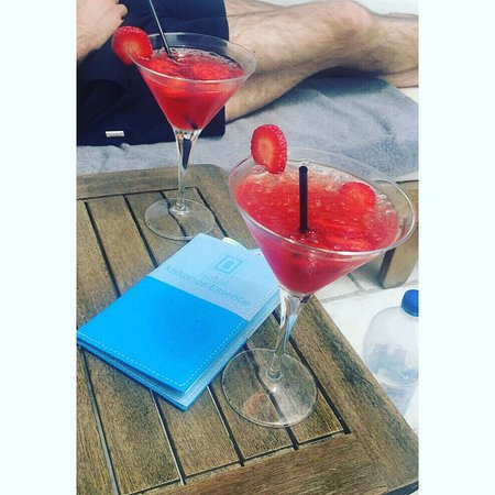 Mykonos Essence Hotel: photo1.jpg