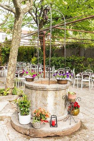 Basovizza, Italy: il nostro giardino