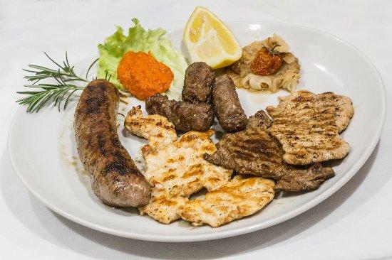 Basovizza, Italy: grigliata