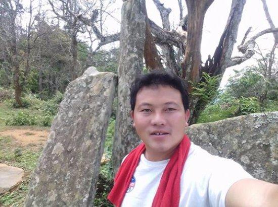 Провинция Хуапхан, Лаос: Mr. Vang kou make this trip.