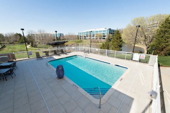 Hilton Garden Inn Charlotte Airport 125 1 5 4 Updated 2018 Prices Hotel Reviews Nc