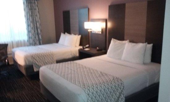 Best Western Fort Myers Inn & Suites: 20170512_101102_large.jpg