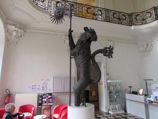 Arras, France: Hall d'entrée