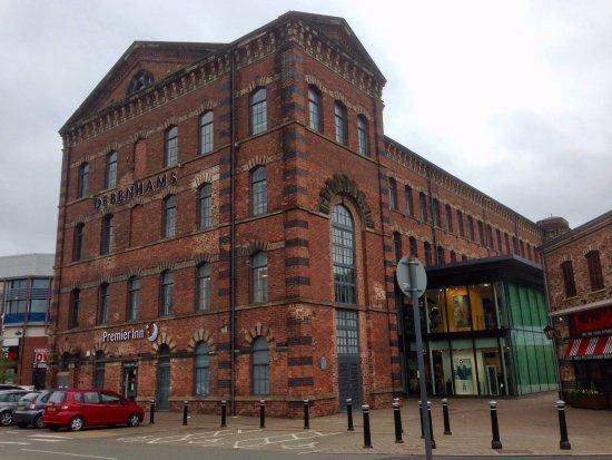 Premier Inn Kidderminster Hotel: Converted carpet mill.