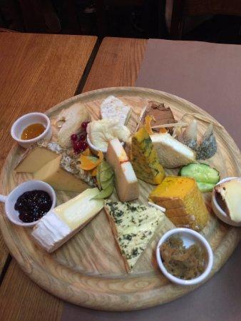 Menu la cloche fromage 43 90 par personne photo de la cloche fromage strasbourg - Quantite fromage par personne ...