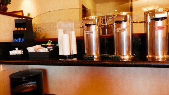 Bay Landing Hotel: coffee and more