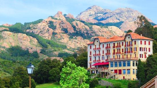 L 39 entr e photo de hotel les roches rouges piana tripadvisor - Hotel les roches rouges ...