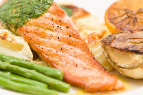 Tavistock, UK: Grilled salmon with dauphinoise potatoes