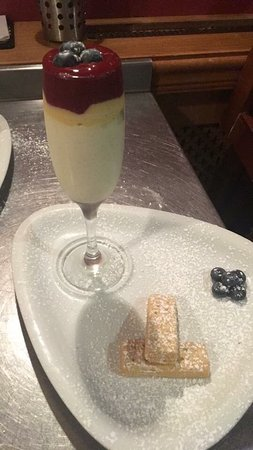 Rhondda Cynon Taf, UK : Delicious desserts