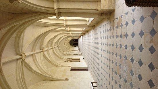 Fontevraud-l'Abbaye, Франция: DSC_1099_large.jpg