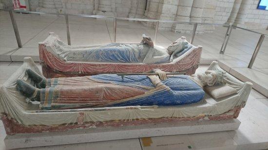 Fontevraud-l'Abbaye, Франция: DSC_1097_large.jpg