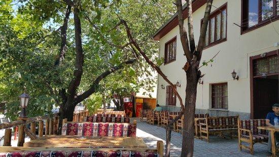 Beypazari, Turkiet: ÇARŞI KONAK CAFE BAHÇESİ