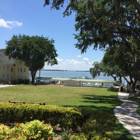 View to the lake from veranda - Picture of Lakeside Inn, Mount Dora ...