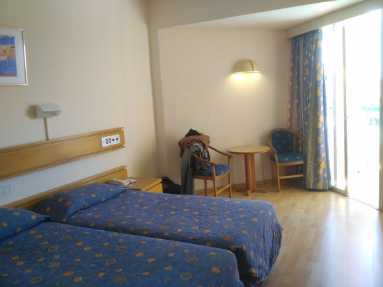 Kissos Hotel: IMG_20170519_114713_large.jpg