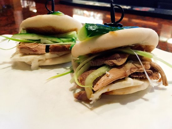 Jimmy Wan's Restaurant and Lounge : Duck Sliders