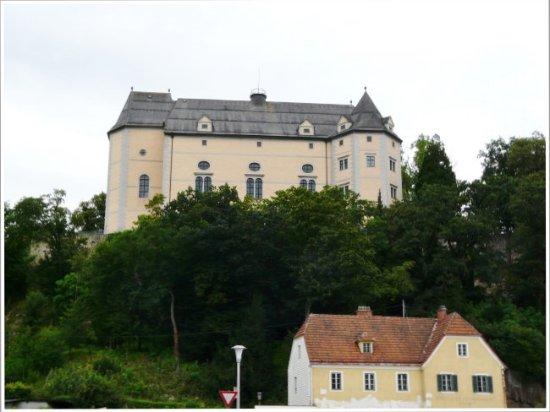 Grein, Österreich: view from below