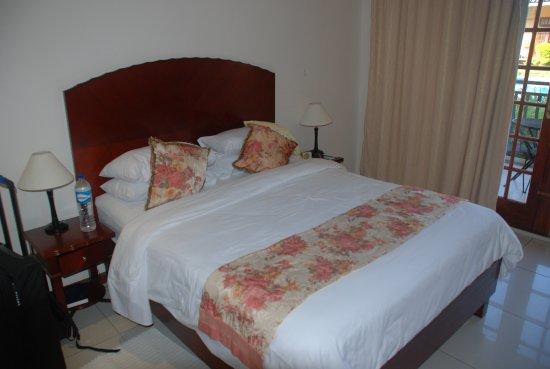 Francistown, Botswana: Randzimmer im Erdgeschoss
