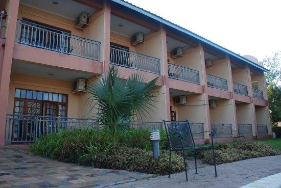 Francistown, Botswana: Belegtes Zimmer unten links