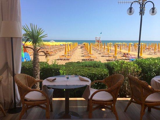 Ristorante Terrazza Sorriso - Picture of Hotel & Residence Villa ...