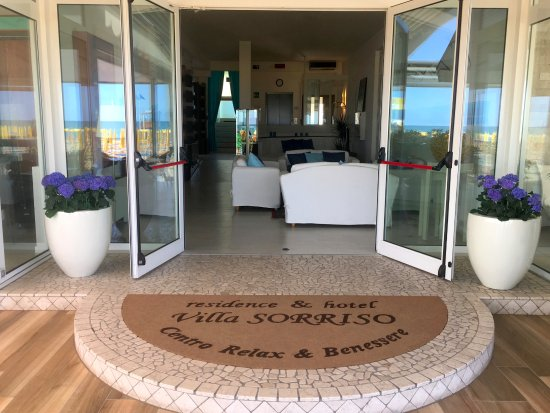 Hotel & Residence Villa Sorriso: Ingresso