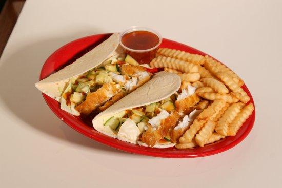 Perrysburg, OH: Ralphie's Fish Tacos