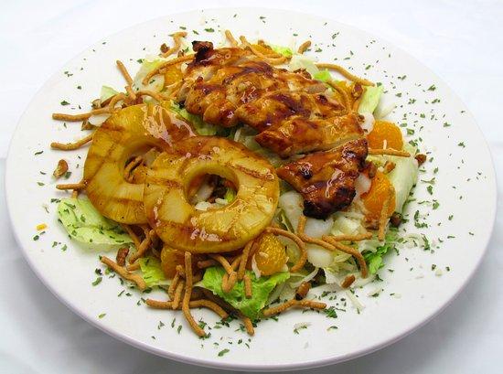 Perrysburg, OH: Ralphie's Oriental Salad
