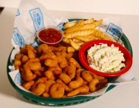 Perrysburg, Огайо: Ralphie's Popcorn Shrimp