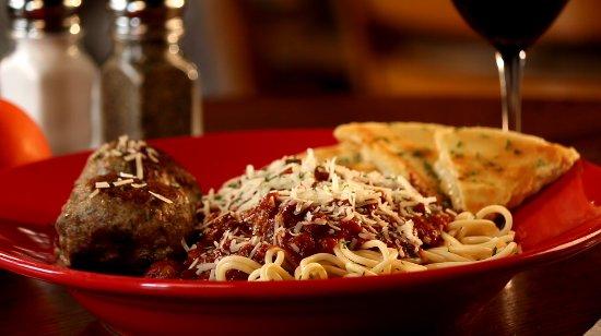 Perrysburg, Огайо: Ralphie's Spaghetti and Meatballs