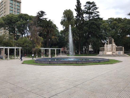 Plaza Italia : Very nice plaza and many of the other plazas are close. There is graffiti on some of the statues