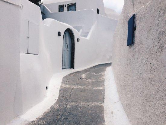 Elysian Santorini