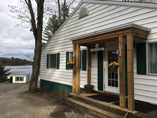 Port Carling, แคนาดา: Beginnings Spa