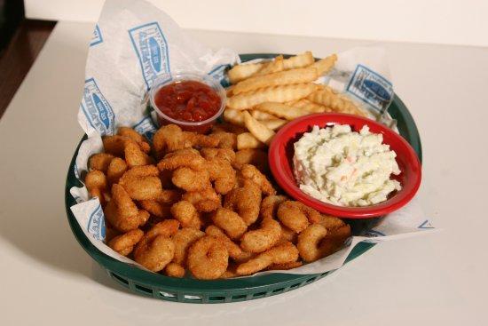 Sylvania, Ohio: Ralphie's Popcorn Shrimp Basket